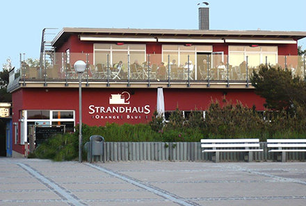 Strandhaus Orange Blue